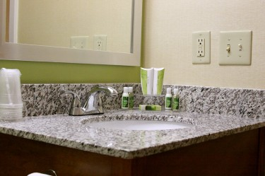 barclay towers hotel and resort bathroom