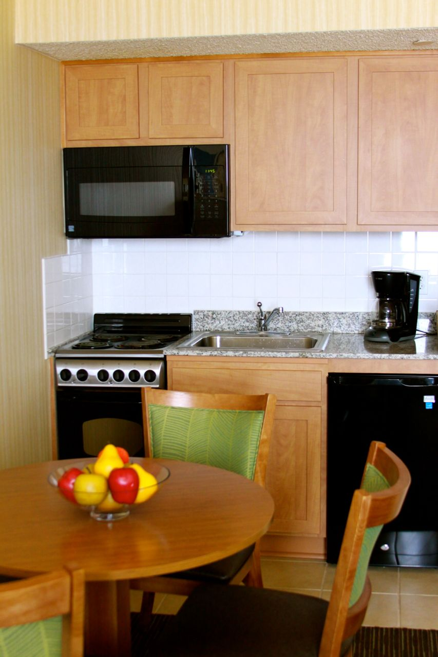 barclay towers resort hotel in virginia beach - Cheap Hotels In Virginia Beach With Kitchenette